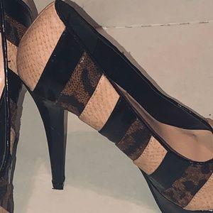 Lady Luxe Peep toe multi striped heels 3 1/2 inch